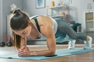 home-workout-plank-1584370125
